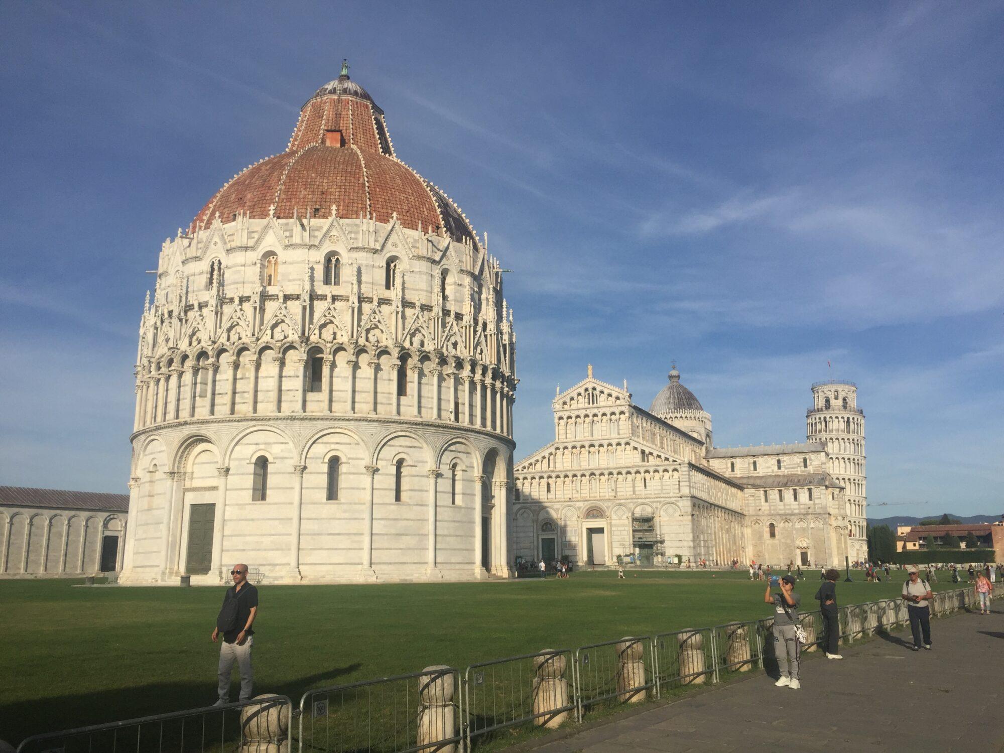 比薩大教堂及斜塔